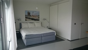 Urban Residence Rotterdam - Bedroom - Resized